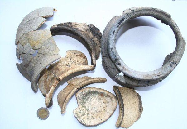 http://www.archeolandes.com/actu/poterie1.jpg